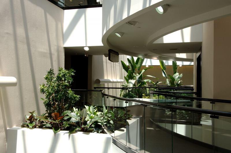 Sedgefield-Interior-Landscape_2006-05-20-12.22.22
