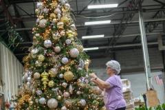 Sedgefield Interior Landscapes_Holiday Decor-20