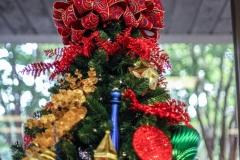 Sedgefield Interior Landscapes_Holiday Decor-23