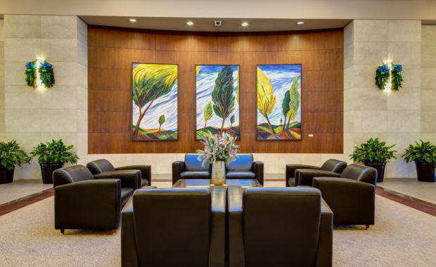 Sedgefield Interior Landscapes_A Green Lobby